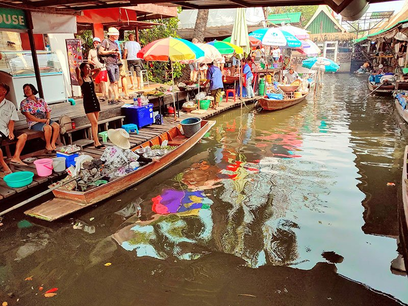 Talin Chan mercado flotante