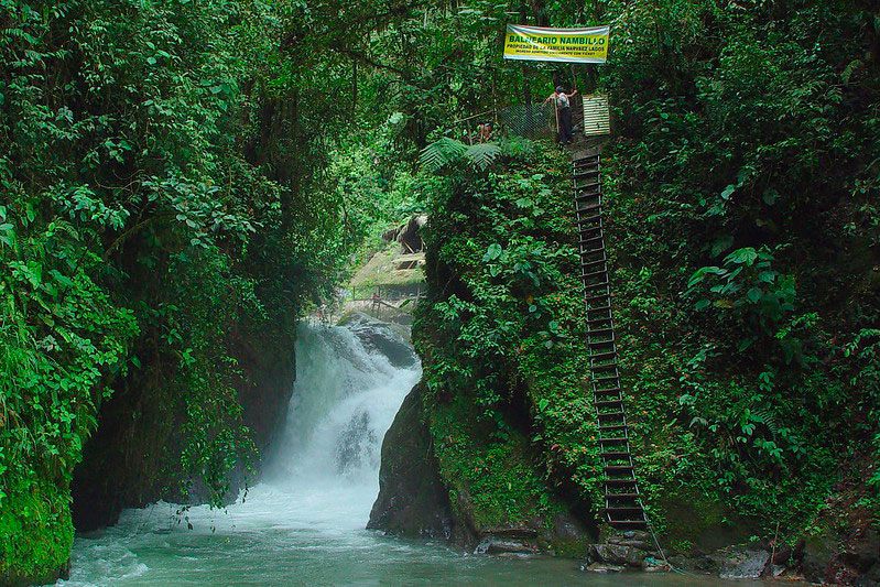 Cascada Nambillo, Mindo