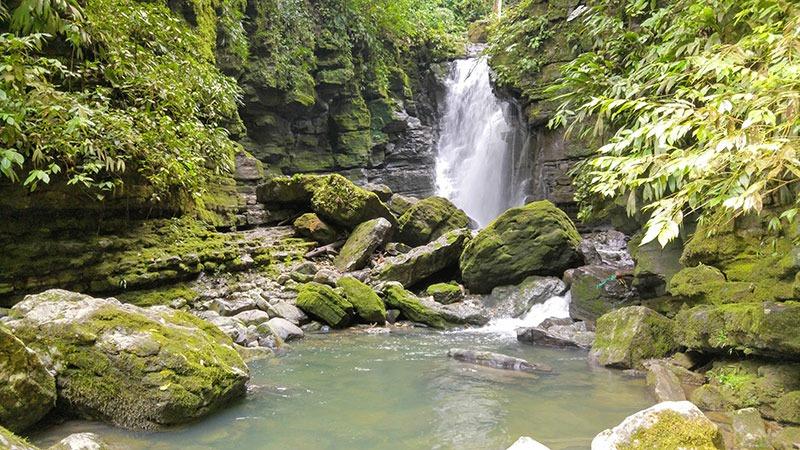 Cascada de Latas, Tena