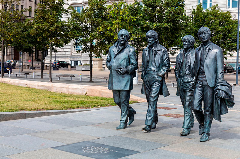 Estatuas de los Beatles en el Waterfront de Liverpool