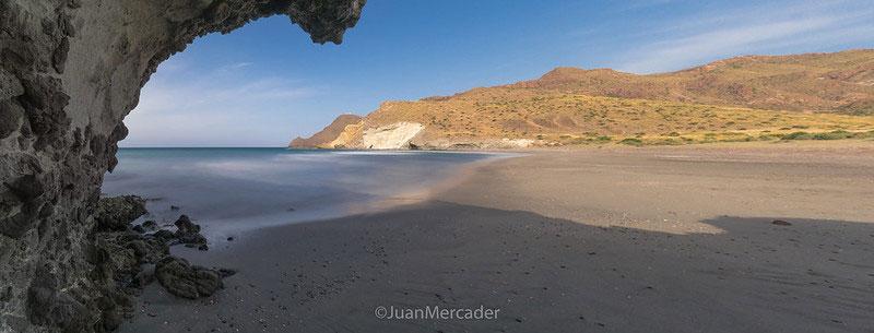 Cala de la Media Luna en el Cabo de Gata