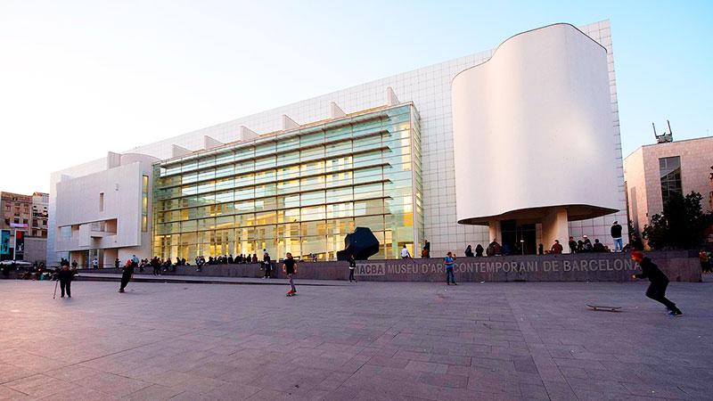 El MACBA o Museo de Arte Contemporáneo de Barcelona