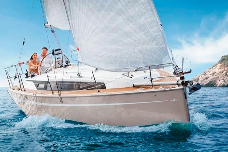 Navegar en velero por Cabo de Gata